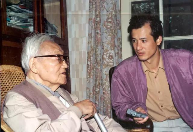 传记作家李辉退休:他诠释了媒体人的另一条路