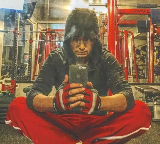 冻龄理工男帮用户写健身日记 纪录身体蜕变 吸粉2千