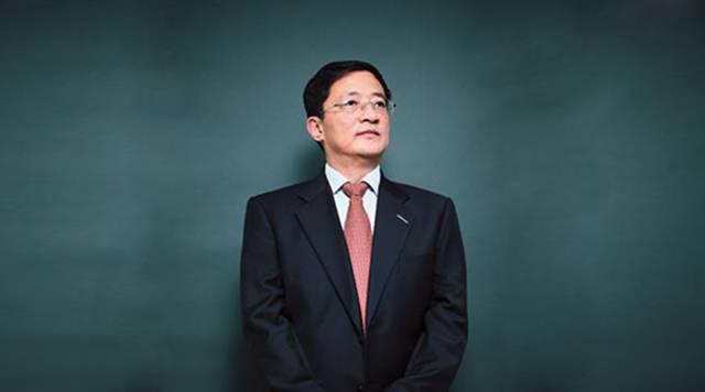 30年前,他借款1万下海; 如今,他用2924亿完成中国最大并购